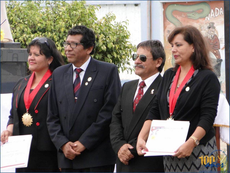 Reconocimiento: Medalla Cívica de la Educación