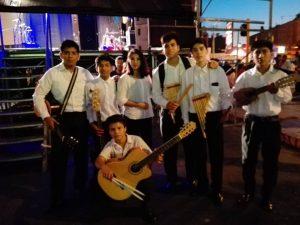 Folklore latinoamericano Amanecer entre amigos