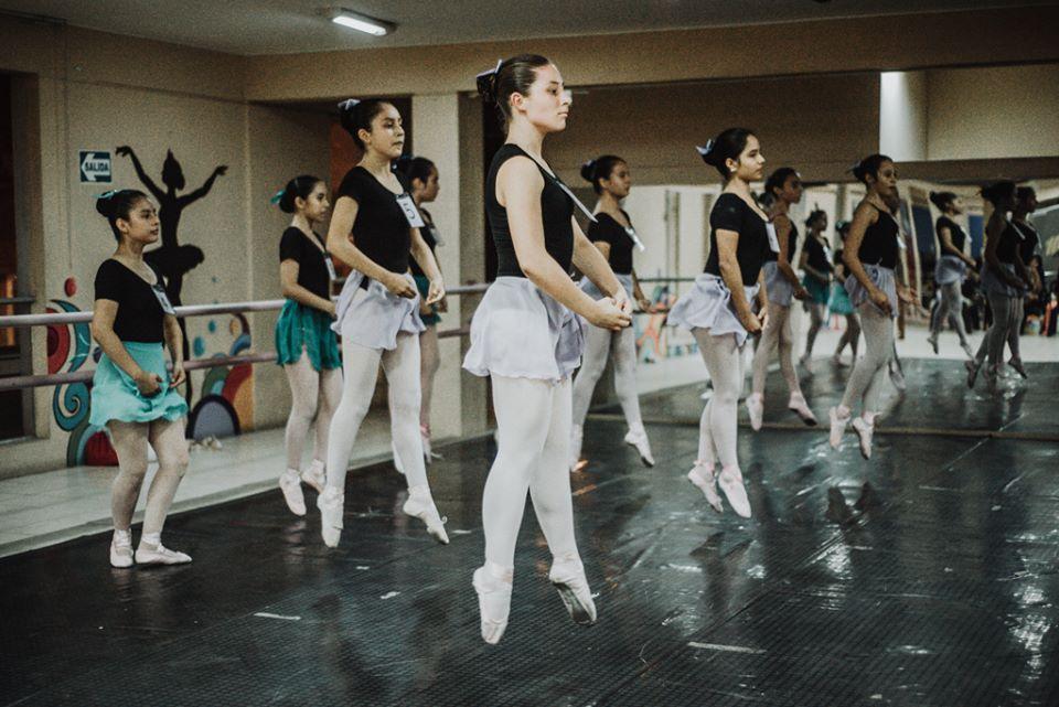 Taller de Ballet: Examen de cambio de nivel 2017