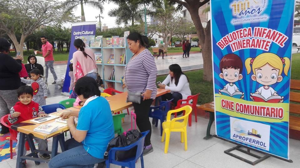 Biblioteca Itinerante en 44 Aniversario de PRONOEI