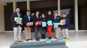 Donación de libros al Centro Cultural Centenario