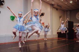 Función de medio año de Ballet