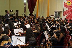Presentación de la Orquesta Sinfónica Infantil Juvenil de Chimbote OSIJCH en concierto de Gala por Aniversario de Plata de Nuevo Chimbote