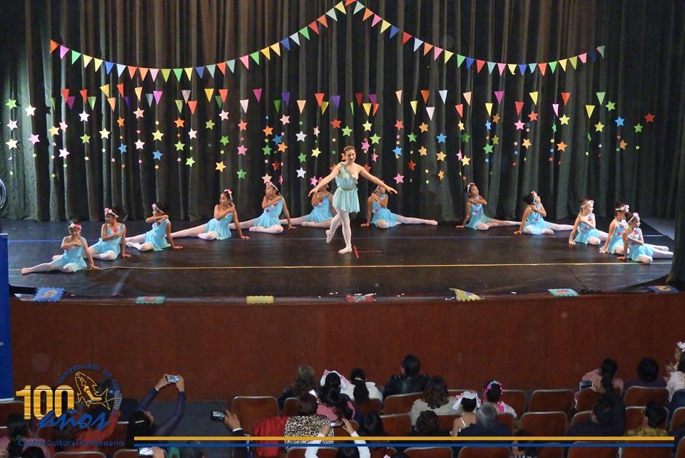 Taller permanente e Ballet presentaron «Circo Ballet» para la función de medio año